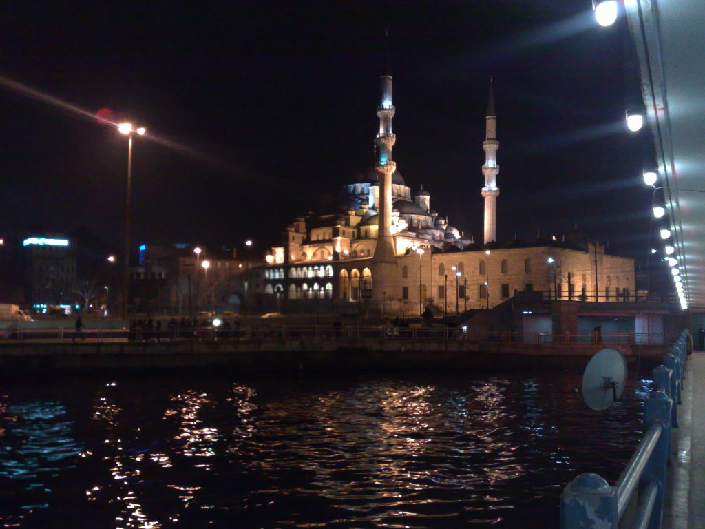 istanbul-at-night-2